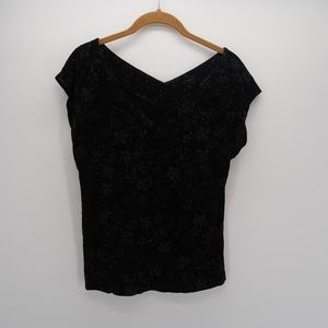 Chico's Black Floral Embellished V-Neck Top Size 0